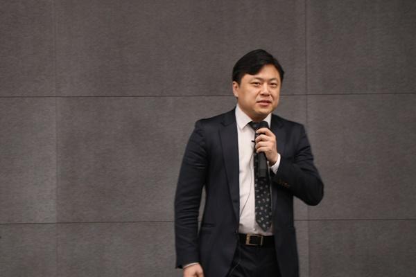 블록체인 기술의 긍정적 실현, '슈어레미트'와 '스팀'